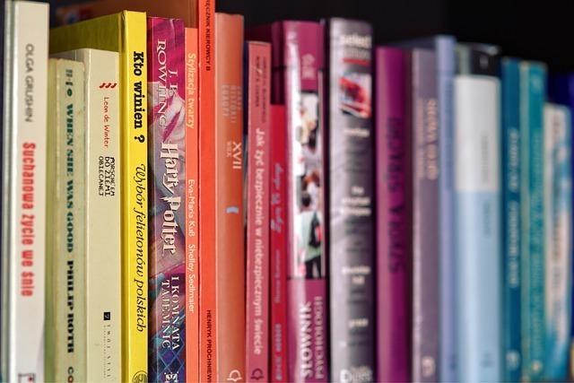books-791923_640.jpg